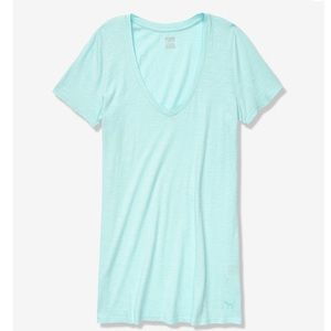 VS mint V neck